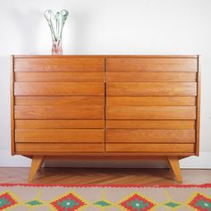 Very good original condition. Now available on pamono.com or direct Furniture, Sideboard, Light Oak, Mid Century, Beech Wood, Home Decor, Oak Color, Plastic Drawers, Oak
