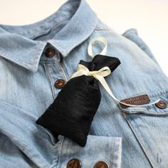 DIY: How to make a lavender sachet. black lavender sachet made out of black silk and a cream ribbon. On a jeans shirt. Lavender Bags, Lavender Sachets, Jean Shirts, Black Silk, Brunettes, Making Out, Fashion Beauty, Cream, Jeans