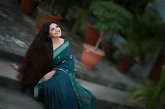 Bengali Saree, Bengali Bridal Makeup, Saree Photoshoot, Portrait Photography Poses, Photo Retouching, Pori Moni, Beauty Photos, Outdoor Photography, Female Portrait