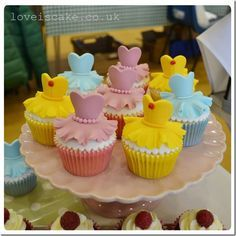 Disney Princess Cakes and Cupcakes | can't decide if I prefer Belle's dress with the red rose or the ...