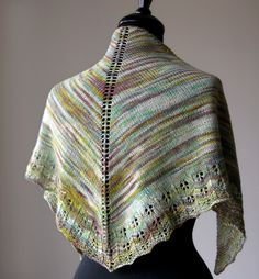 Free Pattern: Oaklet Shawl