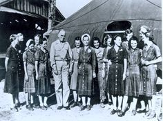 Navy Nurse Corps POWs pose with Vice Adm. Thomas C. Kincaid, Commander of Fleet and Southwest Pacific Force, after their rescue from Los Banos, Feb. They were imprisoned Jan. 1942 while stationed in the Philippines ~ O Donnell, Palawan, Manila, History Of Nursing, Leyte, Vintage Nurse, Brave Women, Female Hero, Interesting History