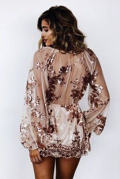 Find and save up to date fashion trends and the latest style inspiration, ootd photography and outfit looks Fashion Mode, Fashion Beauty, Womens Fashion, Fashion Trends, Look Formal, Look Girl, Mode Inspiration, Dress Me Up, Passion For Fashion