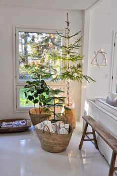 monday TO sunday HOME: HAVE YOURSELF A MERRY LITTLE CHRISTMAS