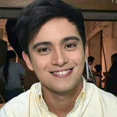 Eehh such a cutie 😍😍 James Reid, Nadine Lustre, Jadine, Twitter, Wolf, Wolves, Timber Wolf