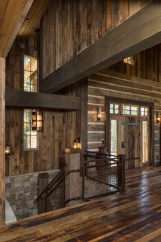 5 bed, 5 bath rustic traditional mountain home, with 100 year old reclaimed barnwood chinked walls in the great room. Cabin Design, House Design, Rustic Staircase, Rustic Contemporary, Mountain Homes, Parade Of Homes, Reclaimed Barn Wood, Home Photo, Building Ideas
