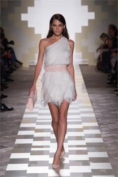 Mila Schön - Spring Summer 2013 Ready-To-Wear - Shows - Vogue.it