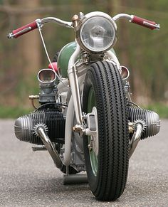 BMW-Harley hybrid bobber - love the vintage Stromberg 2 bbl carbs Bobber Bmw, Bobber Bikes, Bobber Motorcycle, Moto Bike, Cool Motorcycles, Vintage Motorcycles, Women Motorcycle, Indian Motorcycles, Bobber Chopper