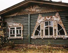 Village  Klyazma (Moscow region), dacha I.Aleksandrenko, architect S.Vashkov (1908) (burned in the late 1990's.)