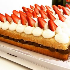 """133 Me gusta, 2 comentarios - Bru Cake Boutique (@brucakeboutique) en Instagram: """"Algo de lo de mañana! Consultas 📩Brucakeboutique @gmail.com 📲1554966880 dulces#dessert #desayuno…"""""""