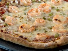 New Orleans Shrimp Pizza recipe from Semi-Homemade Cooking via Food Network Ma Pizza, Pasta Pizza, Shrimp Pizza, Sauce Pizza, Pizza Lasagna, Pizza 101, Food Shrimp, Seafood Pizza, Cajun Recipes