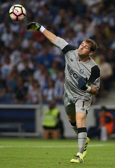 e8db6e04da  Iker  Casillas  FCPorto