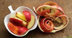 Apfelschalen enthalten viele wertvolle Inhaltsstoffe, die zu schade sind zum Wegwerfen. Wir zeigen dir die besten Tricks zum Weiterverwerten der Schalen