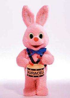 ...le lapin Duracell qui dure plus longtemps !
