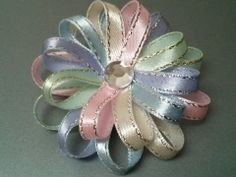 Flower Loop Bow in Pastel Colors - Stacked Flower Loop Bow - Summer Hair Bow (Figure 8 fold) - Set of 2 via ghinescreations. Click on the image to see more!