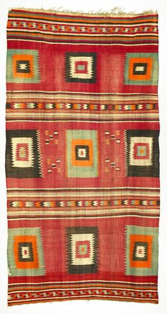 Floor rug from Tunisia ca. 1930 - Wool interlocking tapestry woven, weft-faced and fringed Motifs Textiles, Textile Patterns, Print Patterns, African Textiles, African Fabric, Magic Carpet, Rugs Usa, Tribal Rug, Tapestry Weaving