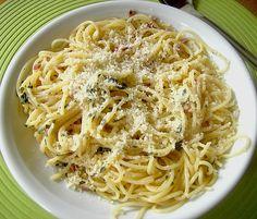 Spaghetti in Knoblauch und Öl, ein schmackhaftes Rezept aus der Kategorie Pasta & Nudel. Bewertungen: 86. Durchschnitt: Ø 4,3.