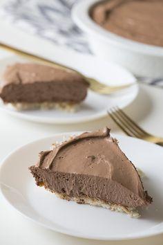 Low-carb chocolatey pie goodness!