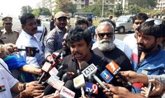 The youth are not seeking alms, special status reflects degree of status for which all people are coming on the streets of RK beach here in the city, says Sampo before being arrested by the police.