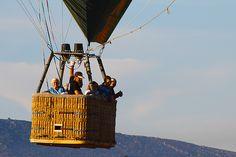 ¿A qué edad se puede volar en globo?  http://www.facebook.com/siempreenlasnubes.volarenglobo  Más información y reservas en http://www.siempreenlasnubes.com