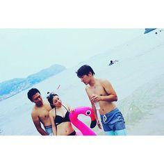 【okaka0414】さんのInstagramをピンしています。 《〆〆〆👙🏊❤️ .  帰ってきたフラミンゴ💗(笑) みんなで海 入って  楽しかった~😆💗💗 むっちゃ日焼けした👧🏾 .  #august #17th #wed #sun #sea #beach #summer  #熊野花火 #花火 #夏 #海  #フラミンゴ#一眼レフ  #カメラ #camera #canon #instagood  #👙 #🏄 #🐚 #❤️ .》