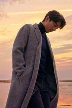 "Press Release Photo (caption: In Gochang beauty and Ziranhuanjing, actor ""Gong Yoo"" shot Illustrated) NEWSIS"
