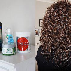 Halle, Hair Inspiration, Hair Beauty, Dreadlocks, Hair Styles, Wax, Madeleine, Hair Plait Styles, Hall