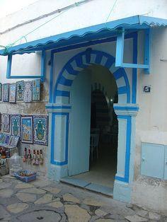 Entrance to a restaurant of the medina of Hammamet / Tunisia