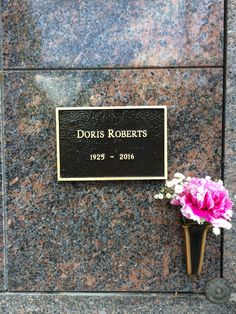 """Doris Roberts; 1925-2016 Actress. Often cast in roles of motherly figures, notably of Italian origin, she will be fondly remembered for playing 'Marie Barone' in the TV series """"Everybody Loves Raymond""""  Westwood Memorial Park Also known as: Pierce Brothers Westwood Village Memorial Park, Sunset Cemetery (1996 to 2005)."""