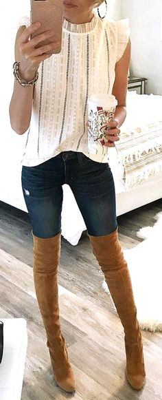 aecc3f90bec 51 Best Trendy and Gorgeous Jeans Outfits May Be Your Love This Fall and  Winter 👖