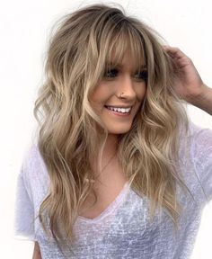 50 Cute and Effortless Long Layered Haircuts with Bangs Layered Haircuts With Bangs, Long Hair With Bangs, Haircuts For Long Hair, Long Hair Cuts, Hairstyles With Bangs, Straight Hairstyles, Layered Hairstyles, Trendy Hairstyles, Haircut Layers