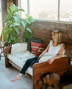 A BEAUTIFUL LITTLE LIFE: Ikea Hack - Odda Bed