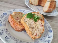 Rebarborová bábovka s chia semienkami Salmon Burgers, Baking, Ethnic Recipes, Food, Design, Bakken, Essen, Meals, Backen