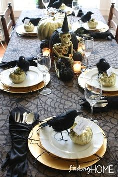 Gloves to hold silverware, gold-painted pumpkins and dollar tree crows at each place . thumb Elegantly Spooky Halloween Tablescape (& a sense of humor) Spooky Halloween, Décoration Table Halloween, Halloween Table Settings, Halloween Table Decorations, Halloween Dinner, Theme Halloween, Holidays Halloween, Halloween Treats, Happy Halloween