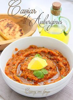 Caviar d'aubergines provençal facile - The Best Whole Recipes Veggie Recipes, Appetizer Recipes, Vegetarian Recipes, Cooking Recipes, Healthy Recipes, Eggplant Caviar, Tapas, Caviar D'aubergine, Tapenade