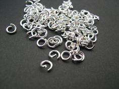 200 x Open Jumprings Silver Plated 5mmx1mm *STRONG*