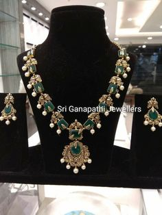 Beautiful necklace having meena design. Necklace studded with emeralds. Necklace with pearl hangings. Indian Jewellery Design, Indian Jewelry, Jewelry Design, Emerald Necklace, Emerald Jewelry, Gold Necklace, Short Necklace, Gold Earrings Designs, Necklace Designs