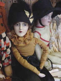 Frau Wulf's Boudoir Doll Blog: Search results for lenci valentino