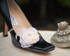 Wedding Shoe Clips Ivory / White. Couture Bride by sofisticata, Custom made colors. http://sofisticata.etsy.com
