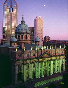 Cathédrale Marie Reine du Monde, #Montreal -- modelled after St. Peter's Basilica in Vatican.