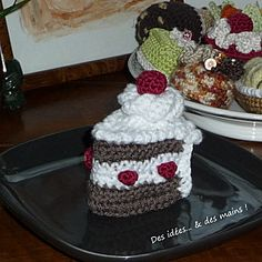 Crocheted Piece of Black Forest Cake - FREE Crochet Pattern and Tutorial