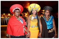 Writer's Blog: WEDDING HEAT, AFRICAN DRUMBEAT AND AN EXTRAVAGANZA OF COLOUR AS ZOLA'S ZULU NATION ENTHRALL HER MAN African Traditional Wedding Dress, Short African Dresses, African Wedding Attire, Sculptural Fashion, African Print Fashion, Zulu, African Wear, African Beauty, Classy Women