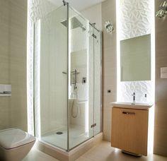 Białe płytki 3d w łazience w bloku Mirror, Bathroom, Frame, Furniture, Home Decor, Washroom, Picture Frame, Decoration Home, Room Decor