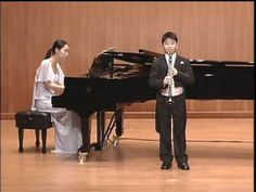Clarinet player Han Kim plays Solo de Coucours by H.Rabaud on his debut recital December 2007, age of 11.