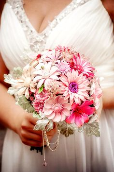 New In Full Bloom 1 Vintage Brooch Bouquet by hairbowswonderworld