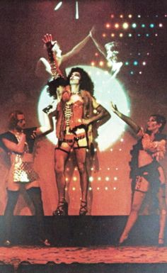 Original Roxy Cast perform 'Rose Tint My World' (1974)  Frank N. Furter: Tim CurryJanet Weiss: Abigale Haness Columbia: Boni Enten Rocky Horror: Kim MilfordRiff-Raff: Bruce Scott