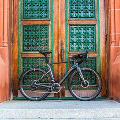 PARLEE Cycles | RZ7 LE Carbon Road Bike, Bottom Bracket, Brake Calipers, Road Bikes, Road Cycling, Custom Paint, Carbon Fiber, Geometry