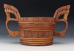 Utskåret hankestaup, Vestlandet 1800 tallet. L: 30 cm. Prisantydning: ( 1500 - 2000) Solgt for: 1300