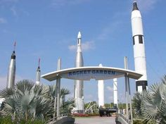 Kennedy Space Center - the place to visit if you wanted to be an astronaut when you grew up, but didn't have the eyesight or math skills to make it happen.