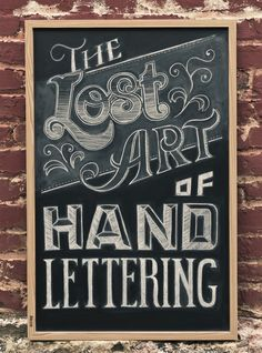 Lost Art of Hand Lettering ~ How to write on your chalkboard wall with style! - some really beautiful samples of artistic lettering Chalk It Up, Chalk Art, Chalk Menu, Lost Art, Do It Yourself Inspiration, Design Inspiration, Daily Inspiration, We Do Logos, Chalk Lettering
